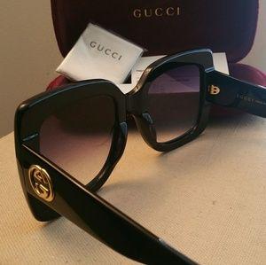 7f1439b6f4 Gucci Accessories - 100% Women Authentic oversized Gucci Sunglasses